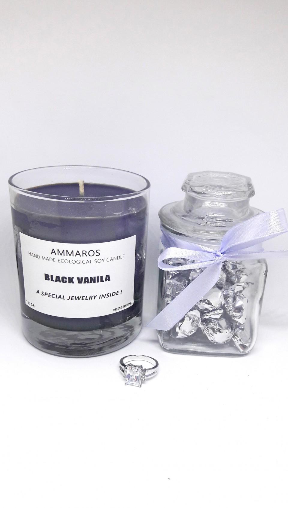 מארז נר תכשיט Black Vanilla + צנצנת סוכריות
